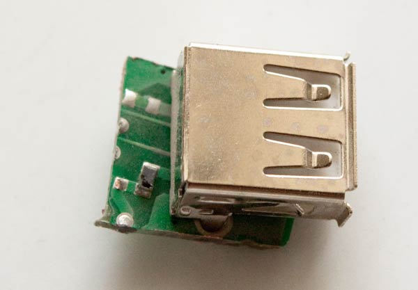 building a usb charger for toys and other devices rh paulorenato com USB Connector Wiring USB Port Diagram